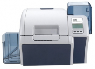 Принтер пластиковых карт Zebra ZXP Z82-00ACD000EM00